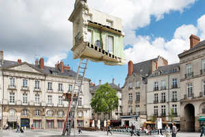 The 'Monte-Meubles' Features a Living Room Suspended in Mid-Air