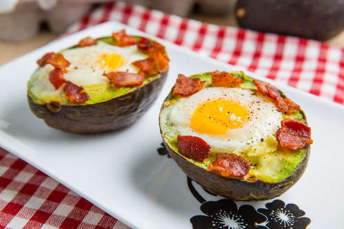 DIY Baked Egg Avocados