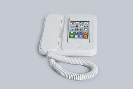 Landline Smartphone Cradles - The BT Phone Dock for iPhone Transforms the Device into a Home Phone