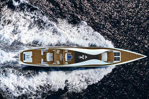 The UNA Autonomous Yacht Allows You to Live on the Ocean Forever