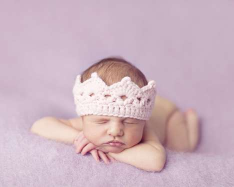 Cute Crochet Baby Crowns - This Crochet Crown Baby Hat Turns Any Infant into a Princess