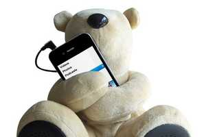 The Sungale Teddy Bear Speaker Acts as a Cuddly iPod Dock