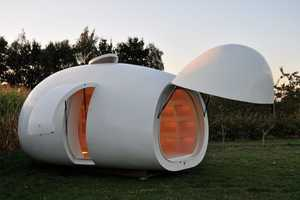 The Mini Egg House is the Perfect Office for Those on-the-Go