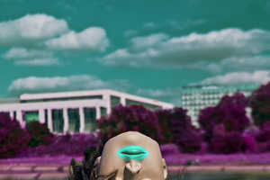 These Photographs Feature Mannequin Heads and Beach Front Settings
