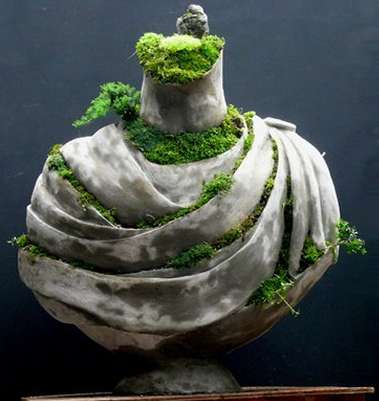 Romantic Living Sculptures - The Draped Bust Living Sculpture from Fancy is Gorgeously Green
