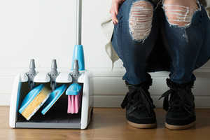The Lynx Home-Cleaning Set is a Conveniently Compact Three-in-One Kit