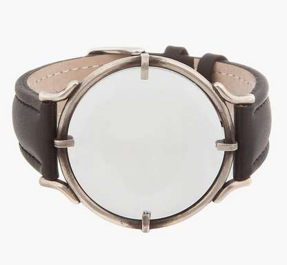 magnifying glass watch