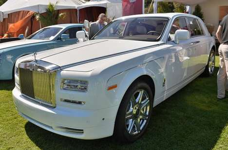 Intricately-Crafted Luxury Mobiles - The Rolls-Royce Phantom II Celebrates the Last Decade