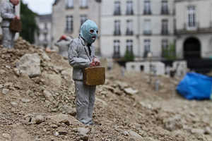 Isaac Cordal has Created a Diorama Citing the Collapse of Capitalism