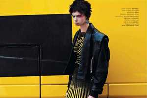 This Editorial Features Punk Looks, Grungy Backgrounds and Bright Colors
