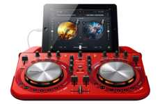 iDevice-Centric Turntables - The Pioneer WeGo2 DJ is Ideal for Apple Superfans