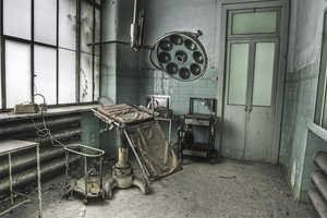 Dan Marbaix's Haunted Asylum Photography Has a Disturbing Feel