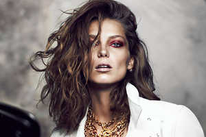 The Fashion Magazine October Issue Features Daria Werbowy