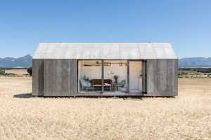 The 'APH80' Rural Home by 'ABATON' Has a Calm, Organic Feel