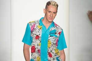 The Jeremy Scott 2014 Spring/Summer Collection is a 60s Revival