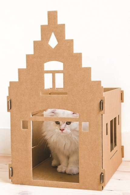 Eco-Friendly Cat Mansions - This Mighty Cat Mansion Will Have Your Feline Feeling Regal