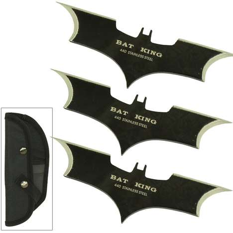 Superhero Throwing Knives - Fight Crime or Simply Play a Weird Game of Darts Throwing Knives
