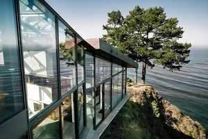 The Fall House Becomes One with the Landscape