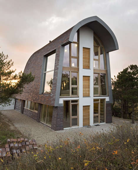 Charming Cottage-Inspired Homes - The Dune Home by Min2 Blends with its Rural Surroundings