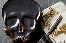 Macabre Halloween Dishes - Give Your Guests a Spooky Surprise with This Gloomy Skull Plate