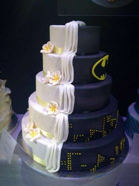 Dual-Personality Desserts - The Batman-Inspired Wedding Cake Satisfies Both Bride and Groom