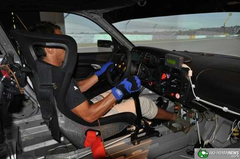Advanced Race Driving Simulators - The Porsche 996 GT3 Virtual Simulator is as Real as it Gets