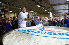 Record-Setting Cheesecakes - The World's Largest Cheesecake Weighs 6,900 Pounds