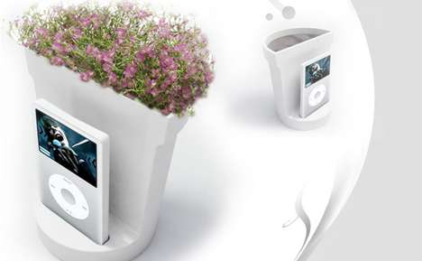 Hi-Tech Amplifying Planters - The i-Flower is a Multitasking Object to Satisfy Three Senses