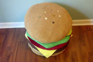 BurgerBarn Specializes in Creating Burger Pillows