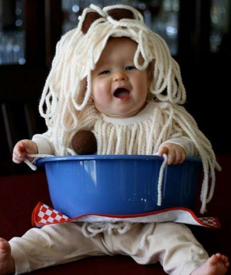 Messy Food Baby Costumes - This Spaghetti and Meatball Costume is Adorably Appropriate