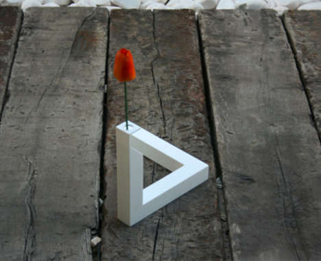 Illusory Geometric Vases