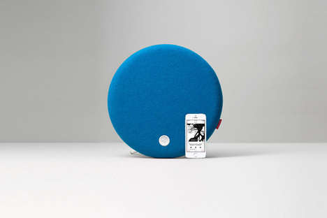 Smartphone Mount Ball Speakers - The Libratone Loop Wireless Mount Speaker is Wireless