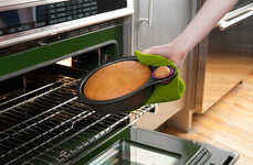 Snack-Friendly Cake Molds - The Nibble Cake Pan Encourages You to Literally Eat Cake