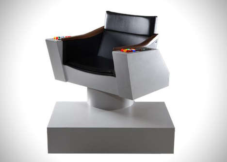 Galactic Space Chairs - The Captain Kirk Commander Star Trek Chair is a Perfect Replica