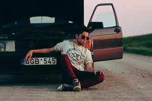 'Chasin' the Sun' Shows Urban Fashions in Spite of Car Breakdowns