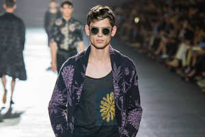 The Van Noten Spring 2014 Menswear Collection is Filled with Tropics