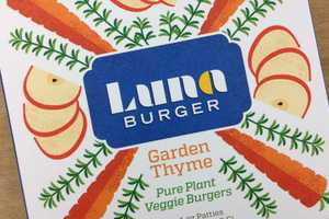 Luna Burgers Packaging Celebrates Healthiness in its Graphics