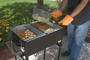 The Three Basket Deep Fryer Takes the Grease Outdoors