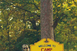 This Friday the 13th-Themed Engagement Shoot Shows a Short Romance