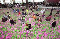 Record-Breaking Ball Pits - The Largest Ball Pit in Shanghai was Created for a Good Cause