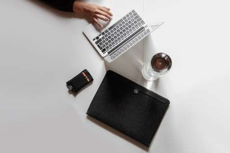 Aecraft Macbook Sleeve