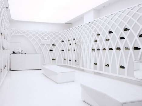 Netted Minimalism Retailers - Munich Shoes Santiago by Dear Design Embraces Futuristic Elements