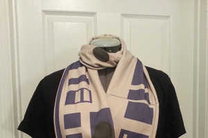 Keep Warm This Winter with This Geeky R2-D2 Infinity Scarf