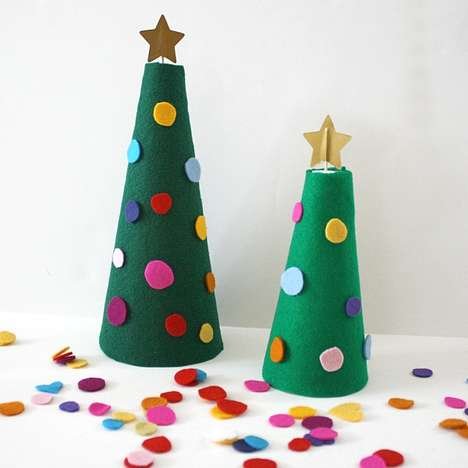 Festive Felt Trees - This DIY Felt Christmas Tree is a Crafty Holiday Decor Alternative
