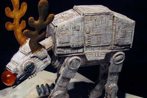 Magnolia Hotel Unveiled a Spectacular Star Wars Gingerbread