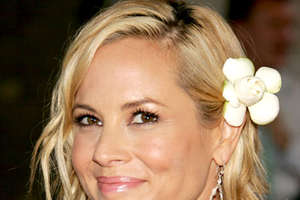 Maria Bello Prevents Emergency Landing