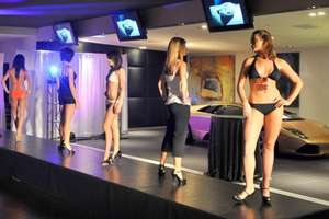 'Italian Models' at Lamborghini's Las Vegas Boutique