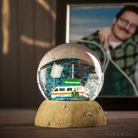Meth Lab Snow Globes - This Blue Crystal Breaking Bad Snow Globe is Great for the Holidays