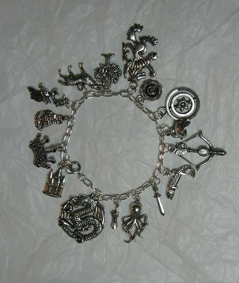Fantasy-Themed Charm Bracelets - This Game of Thrones Bracelet Has Charms Representing Noble Houses