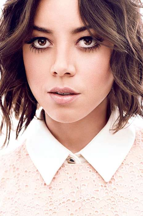 Luminescent White Fashion - The Glow Canada Winter 2014 Photoshoot Stars Aubrey Plaza